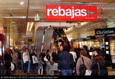20100111005409-rebajas-de-enero-en-el-corte-ingles-de-malaga-andalucia-espana-4225.jpg