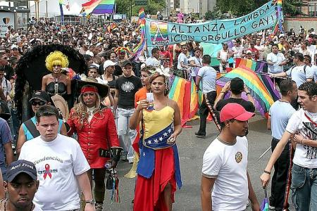 20100624011148-orgullo-gay.jpg