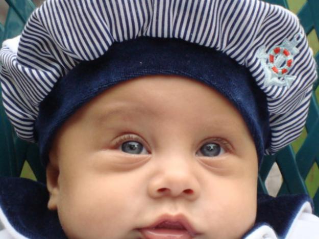20110102140115-bebebe.jpg