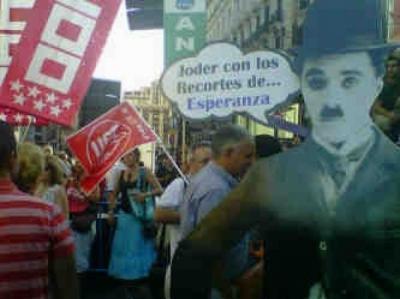 20110921203220-decenas-personas-salen-calle-recortes-educacion-1-878251.jpg