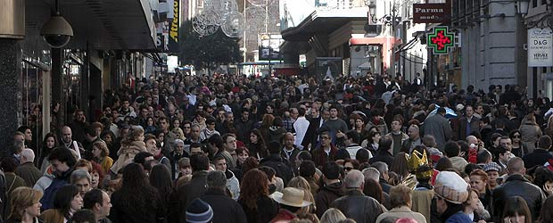 20111015093016-compras-calle-preciados.jpg