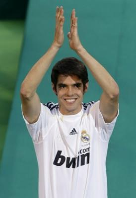 20091105113821-kaka-real-madrid-2009-6.jpg