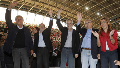 20111128191010-alfredo-perez-rubalcaba-felipe-gonzalez-alfonso-guerra-elecciones-20-n-campana-electoral-tl5ima20111105-0032-8.jpg