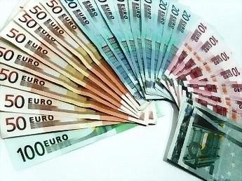20121126201658-ganar-dinero-con-un-blog.jpg