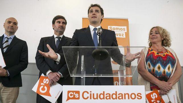 20150606110510-ciudadanos-parlamento-gran-canaria-gonzalez-ediima20150406-0490-13.jpg